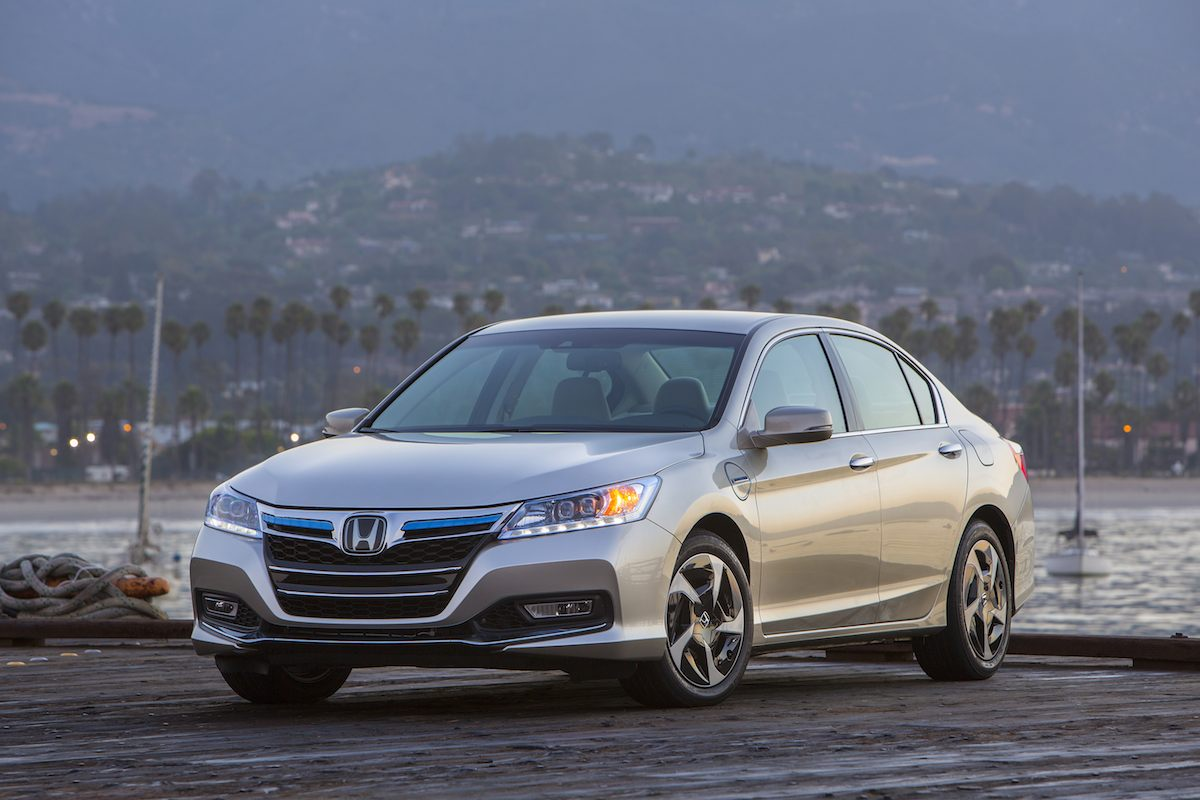 First Car To Meet Californias SULEV20 2014 Honda Accord PHEV