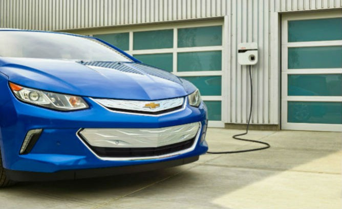 First 2016 Volt media drives have mostly posi…