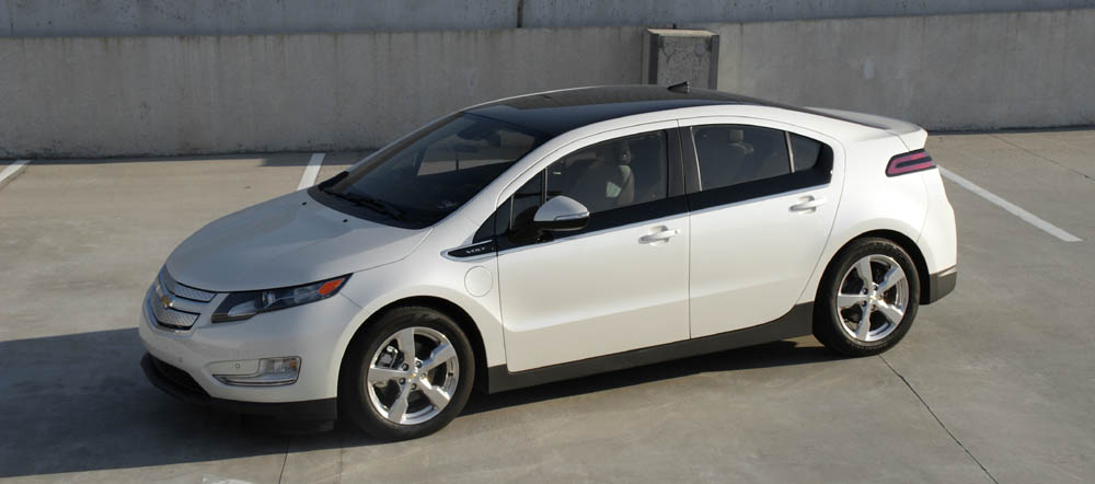 The Volt Does Have A Gas Engine And An Electric Motor However Is Only Generator Not Directly Car S Drive Wheels Or