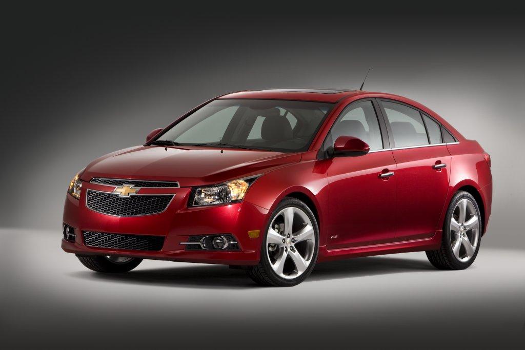 Chevrolet Cruze Price Starts At 16995 Gm Volt Chevy Volt