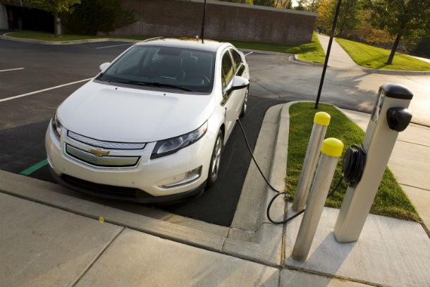 100,000 plug-in cars sold in America; 38,000 …