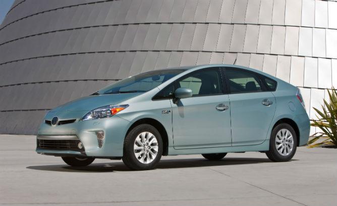 2012_Toyota_Prius_Plugin