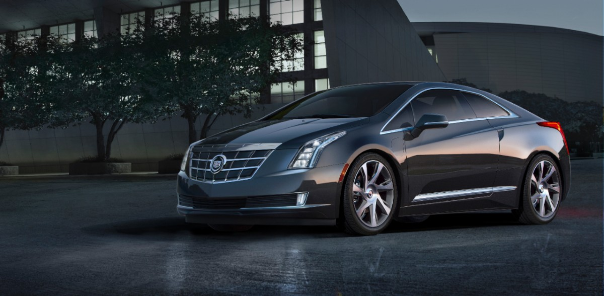 2014-Cadillac-ELR-018-medium