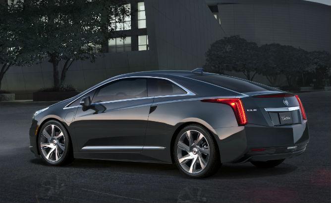 2014-Cadillac-ELR-019