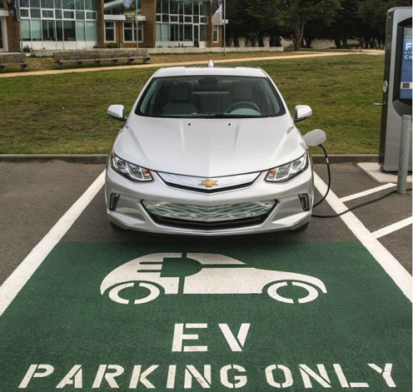 Chevrolet Volt 2016: 6 Consumer Objections To Electric Cars