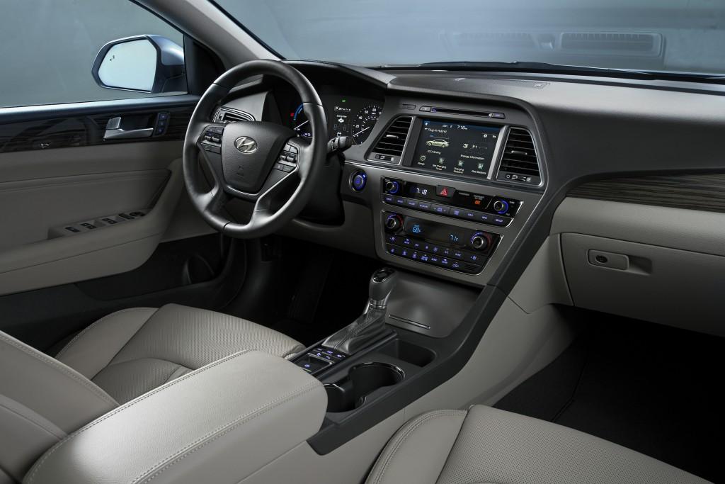 2016-Sonata-Hybrid-PHEV-6-1024x683