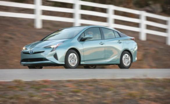 Next-Gen Toyota Prius Could Ditch Regular Hyb…