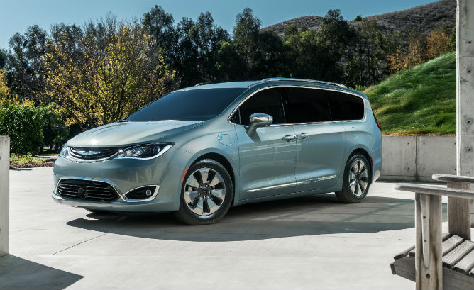 2017_Pacifica_Hybrid