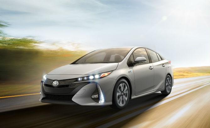2017_Toyota_Prius_Prime-668x409-668x409