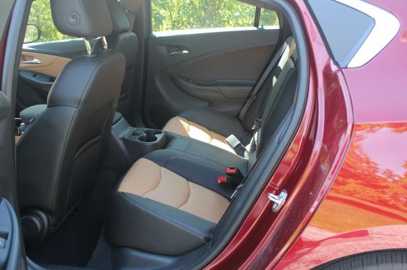 2017_Volt_rear_seat