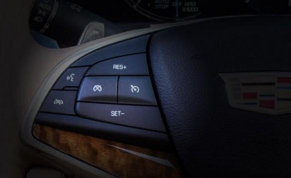 Cadillac-Super-Cruise-02-696x426-e1484583375427
