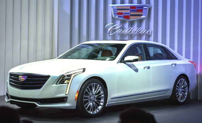 Cadillac President Johan de Nysschen says the 335-horsepower CT6 plug-in hybrid will get 37 miles (60km) on the Chinese test cycle, which is similar to the liberal EU cycle. Its battery is a reconfigured 18.4-kwh unit from the 2016 Volt and is double the size found in other luxury PHEVs.