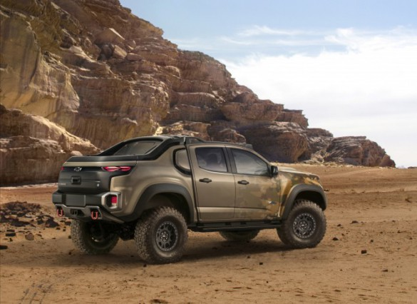 together with New Military Truck Chevy Colorado moreover Zh2 Chevrolet ...