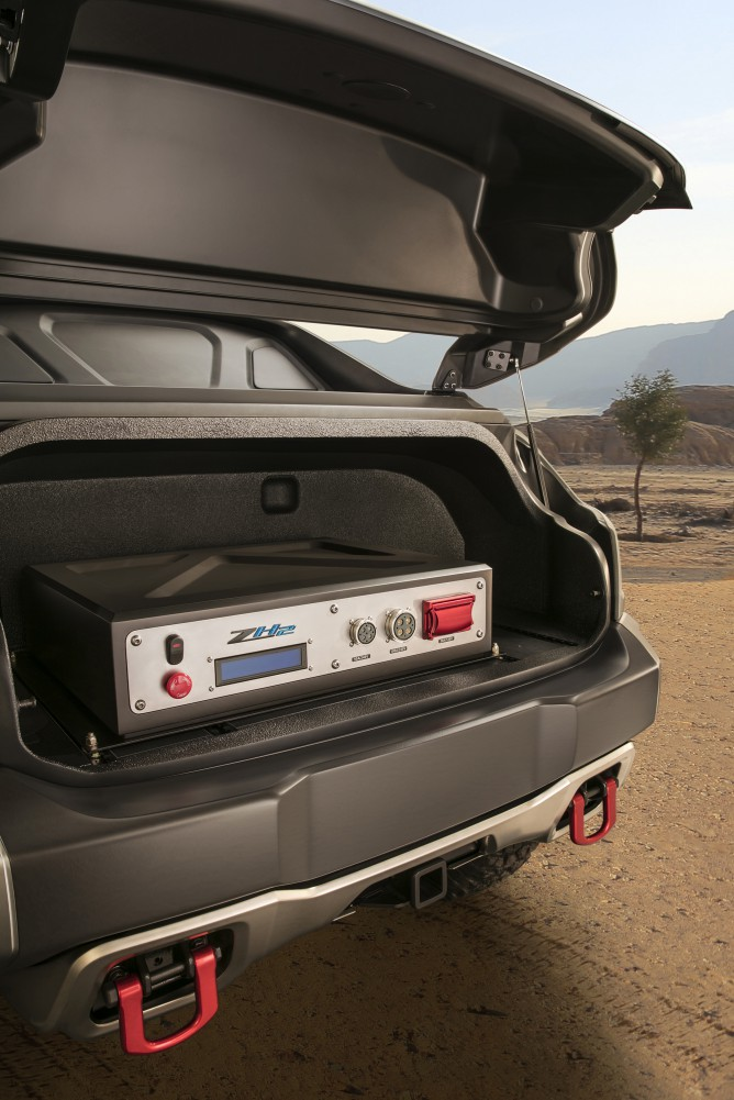 Chevrolet-Colorado-ZH2-FuelCell-ElectricVehicle-008-e1475522205874