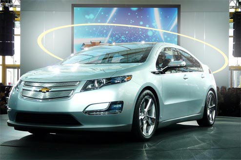 gm hoping volt will be halo car gm volt chevy volt electric car site gm volt chevy volt. Black Bedroom Furniture Sets. Home Design Ideas