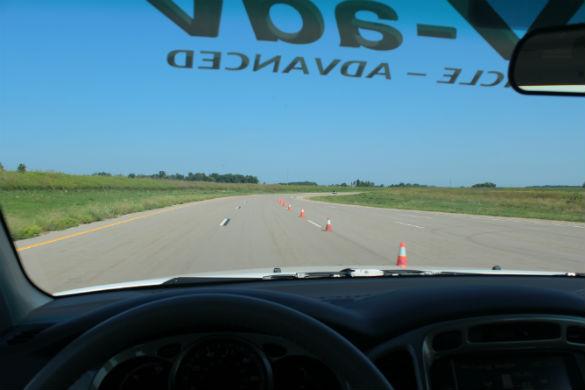 fchv-adv-windshield