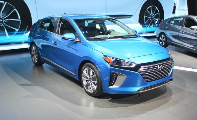 Hyundai_ioniq_HEV-668x409