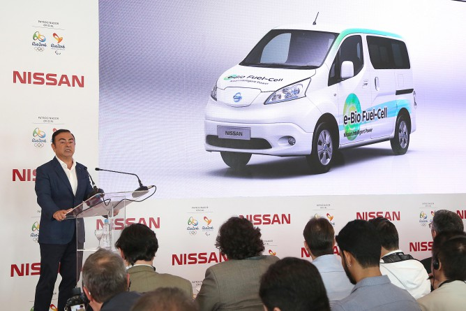 Nissan_CEO__5-668x445