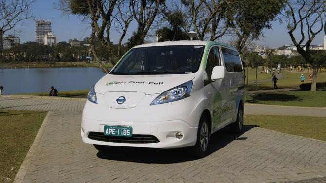 Nissan_e_Bio_Fuel_Cell_Prototype_Vehicle_02-668x376