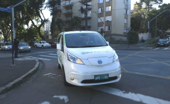 Nissan_e_Bio_Fuel_Cell_Prototype_Vehicle_10