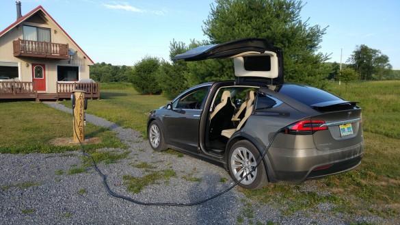 tesla-model-x-distination-charging-2-via-MarkS