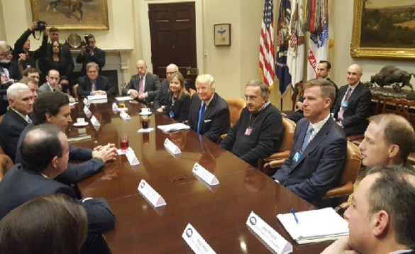 Trump-meets-with-auto-executives-668x409