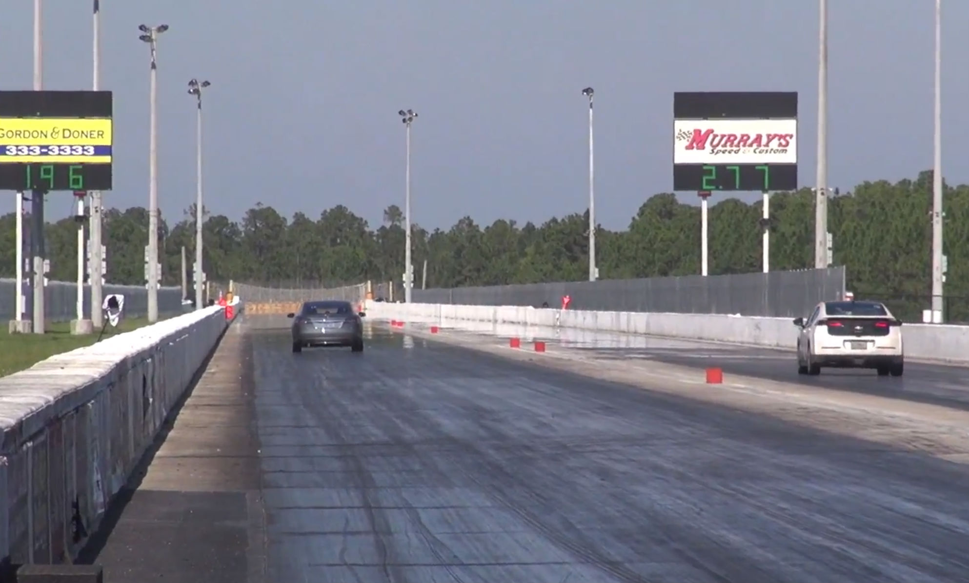Vol vs Model S drag race