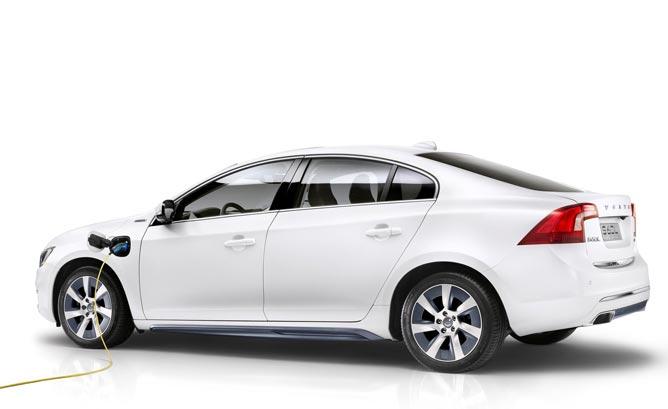 Volvo_S60L_PPHEV_Concept-Main-668