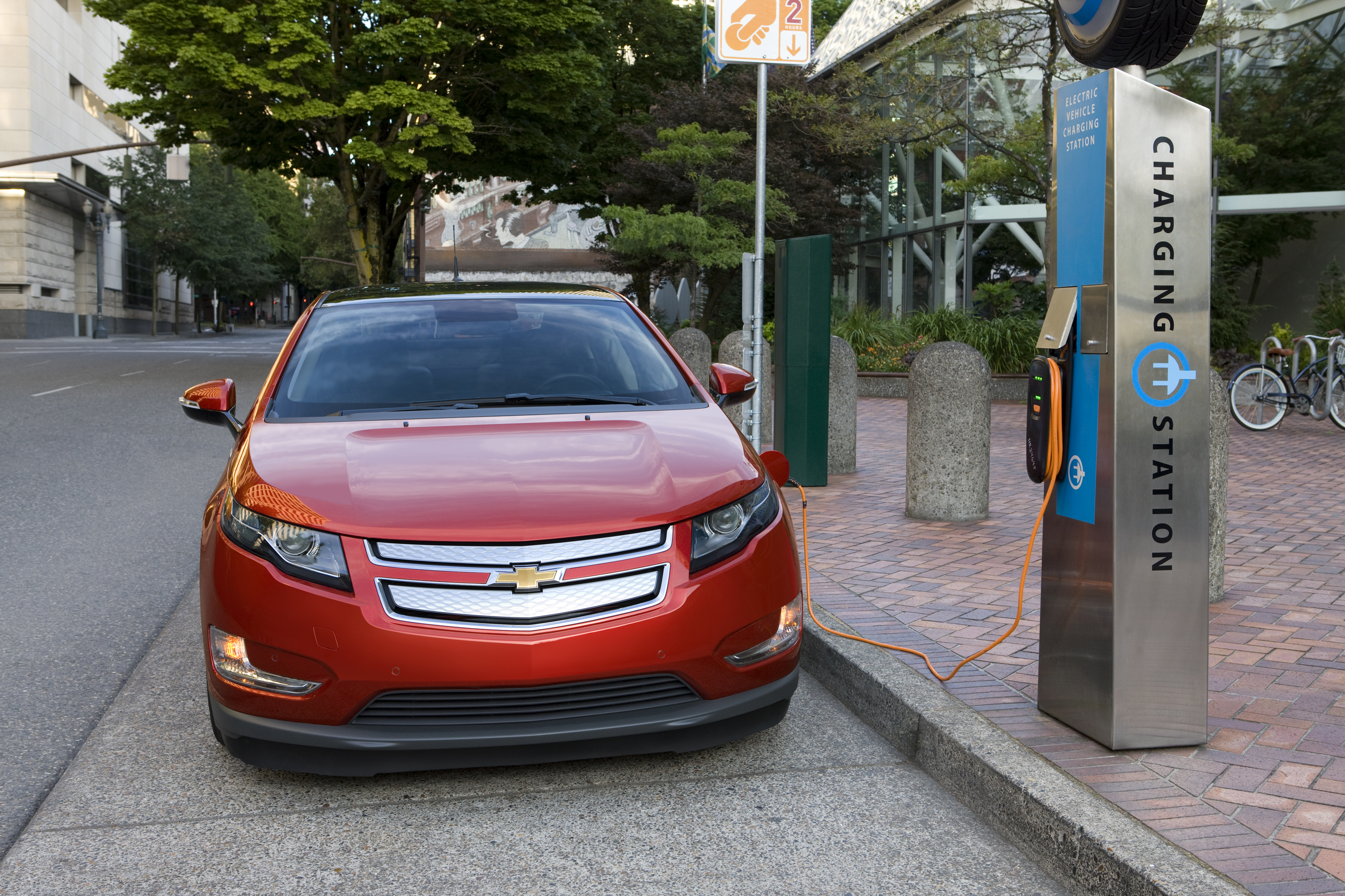 The Chevrolet Volt Is Shown Charging Its Lg Chem Batteries