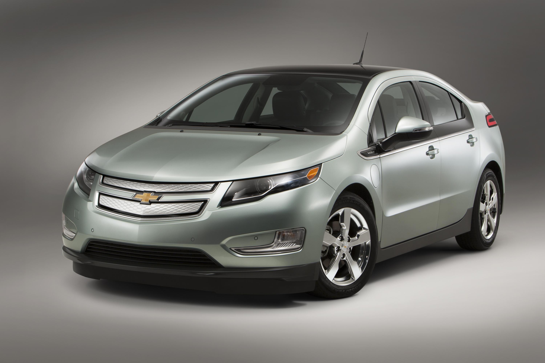 Chevrolet Volt and Star MyLink win 2011 Edison Awards GM VOLT